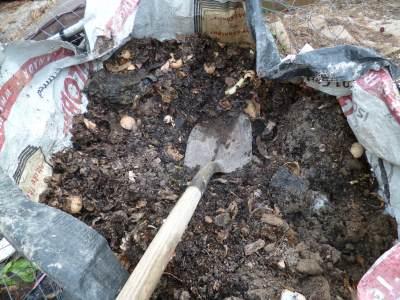http://www.o-garden.ca/composting-instructions.html#axzz2x5yRAY8K